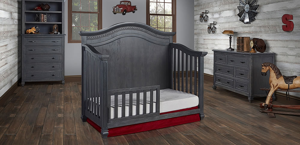 860_WG_Evolur_Madison_Curved_Top_Toddler_Bed_RS1