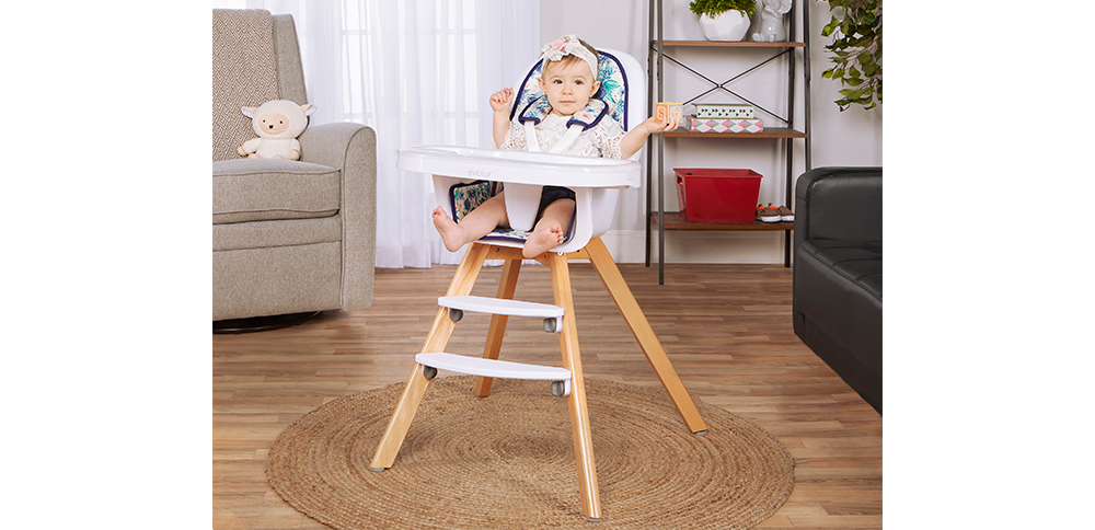 254-FB Zoodle 3-in-1 High Chair Room Shot 02