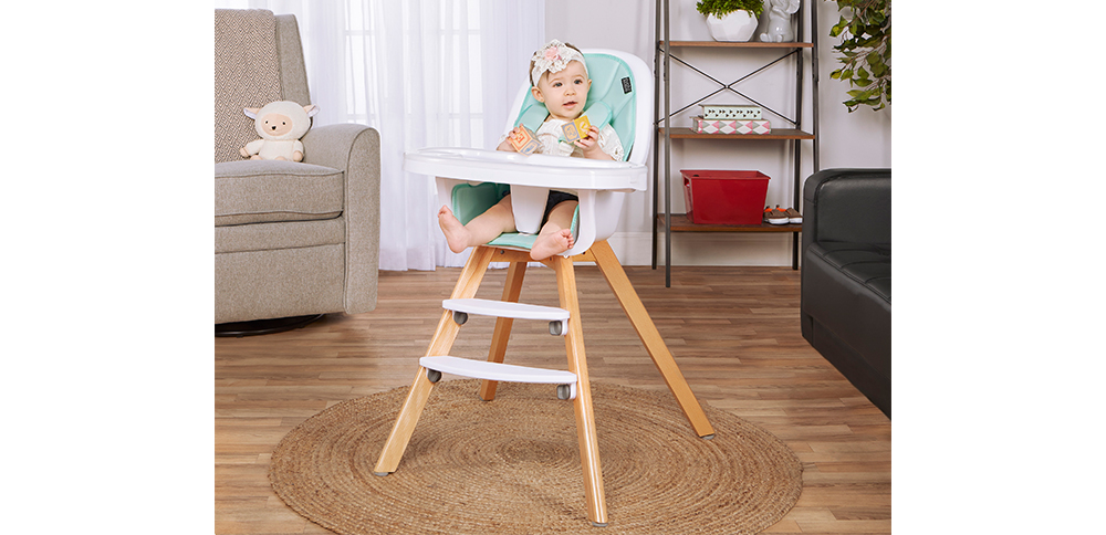 254-MINT Zoodle 3-in-1 High Chair Room Shot 02